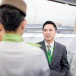 Lịch trình làm việc của tiếp viên hàng không?