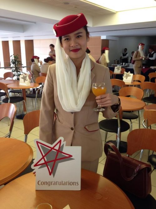 kien thuc can thiet phong van tiep vien hang khong Emirates Airline